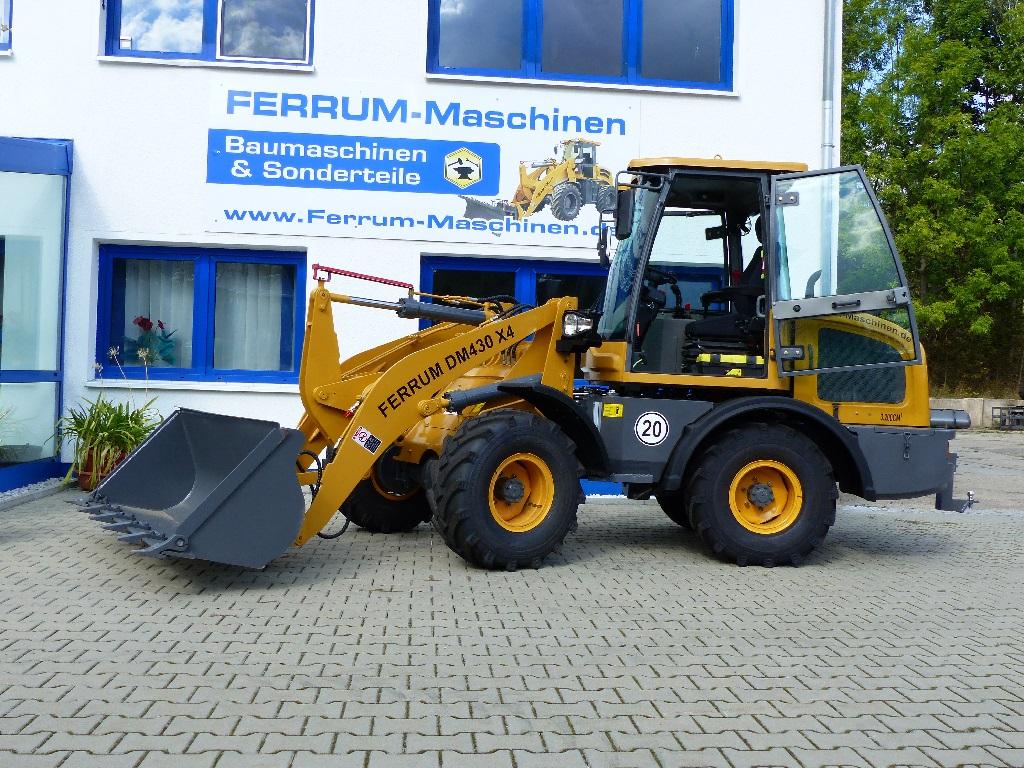 FERRUm DM430 x4 in gelb mit Standardschaufel