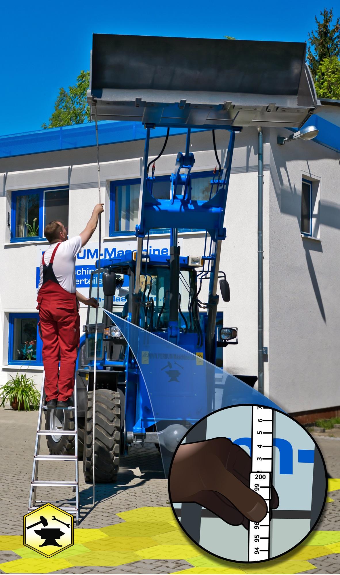 FERRUM DM625 x4 in Blau vor Firmengebäude in Mulda mit Hubhöhe ca.4 Meter